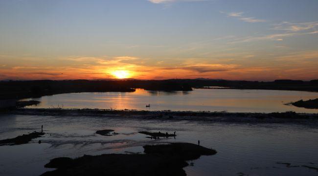 Meriç nehrinde gün batımı