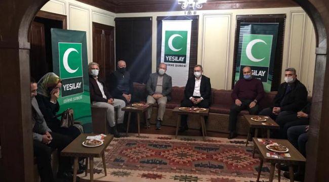 Yeşil Çay Sohbetlerinin konuğu Tabakoğlu