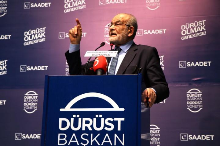 Karamollaoğlu, AK Parti'yi topa tuttu